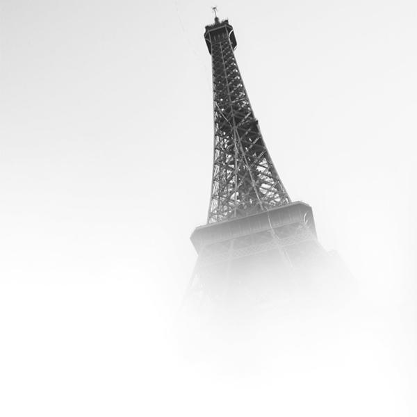 نمایی شیک و جذاب از برج ایفل در پاریس