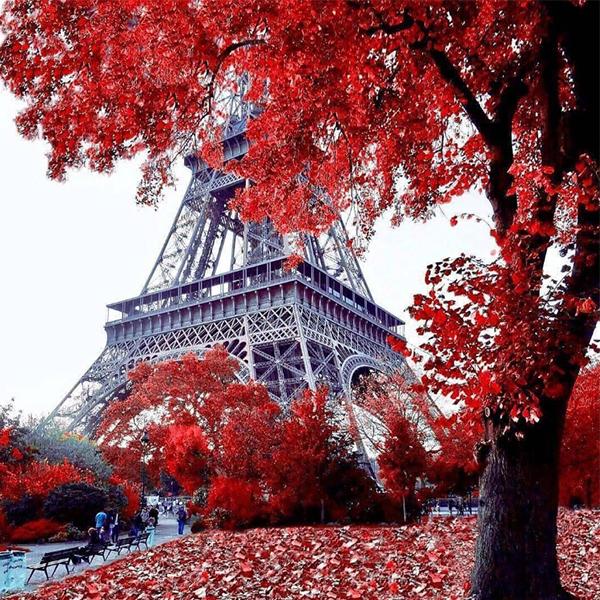 عکس برج ایفل برای پروفایل واتساپ